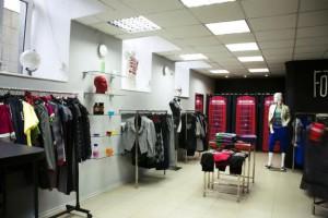 Как открыть магазин одежды с минимальными вложениями